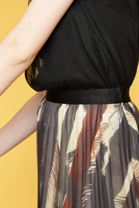 ドローイングストライププリントスカート