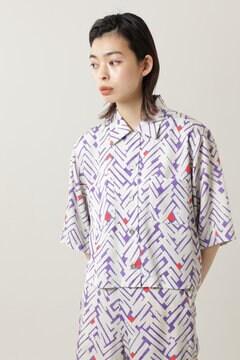 【先行予約 5月中旬-5月下旬入荷予定】ジオメトリックプリントシャツ
