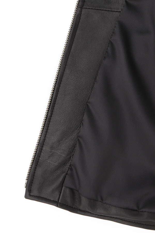 レザーノーカラージャケット