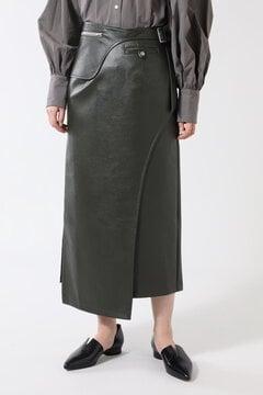 フェイクレザーストレートスカート