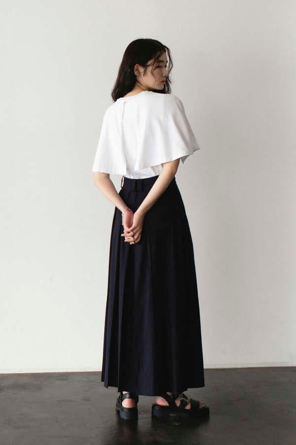 タックボリュームスカート