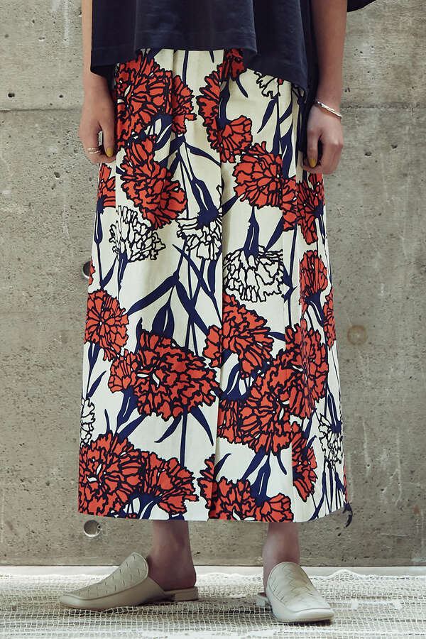 フラワープリントロングスカート