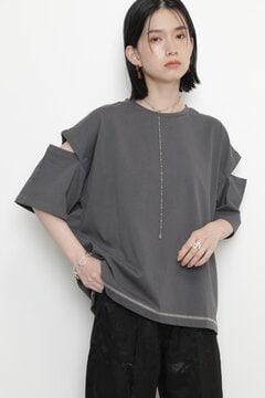 袖スリットTシャツ