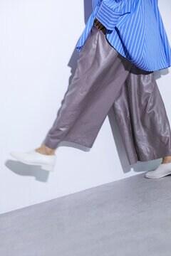 シャイニーワイドパンツ