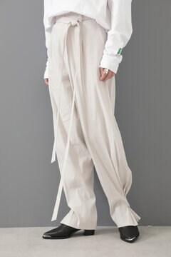 【先行予約 8月下旬-9月上旬入荷予定】裾タックデザインパンツ