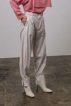 裾タックデザインパンツ