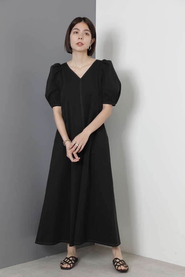 コード刺繍襟つきワンピース