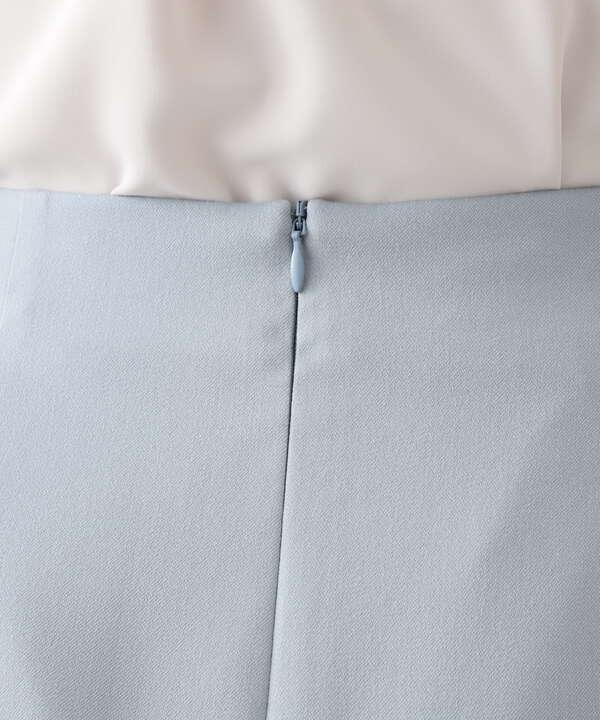 メタルバックルフレアスカート