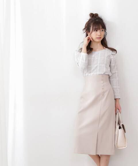 サイド釦タイトスカート