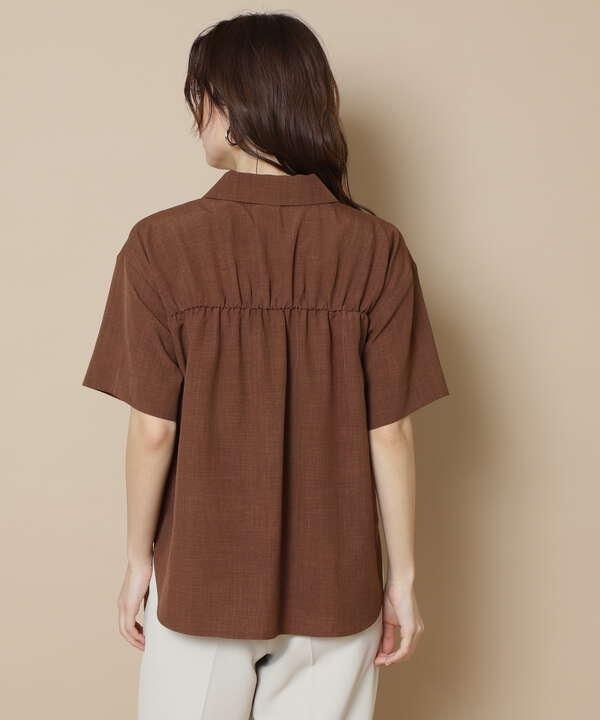 開襟ボックスシャツ