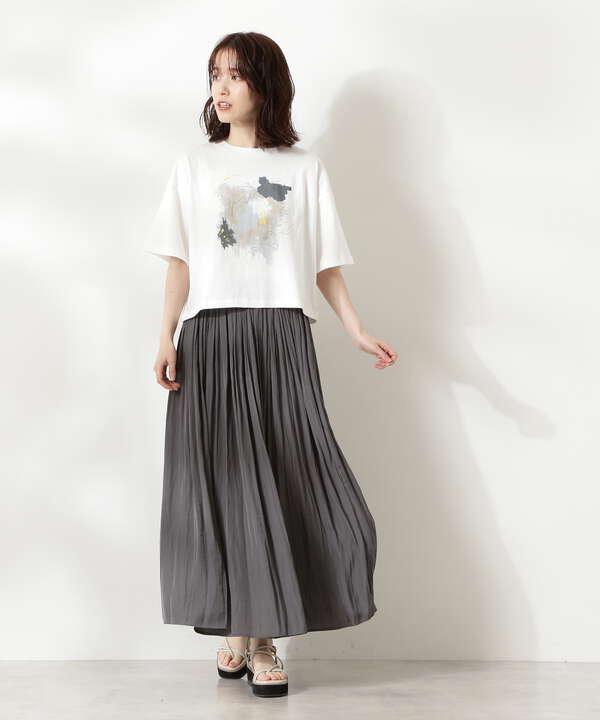 パウダーサテンロングスカート