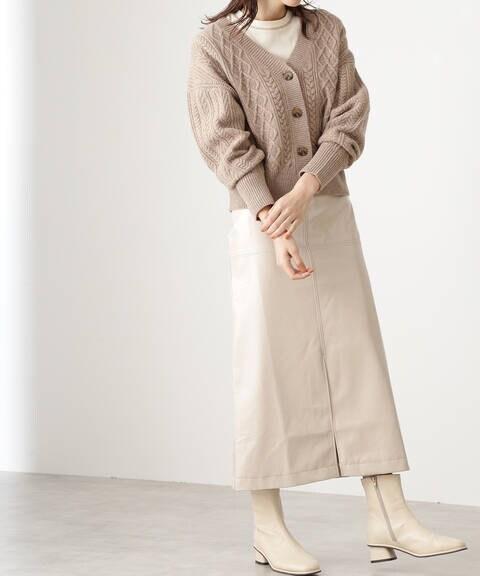 パテントミディスカート