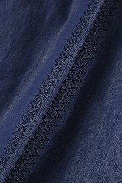 デニム刺繍ブラウス