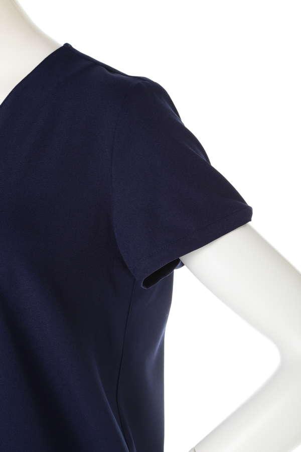 タックプリーツ半袖ブラウス