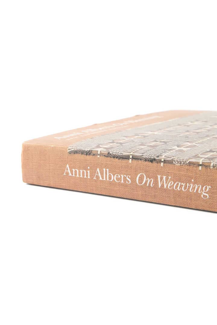 Anni Albers / On Weaving4