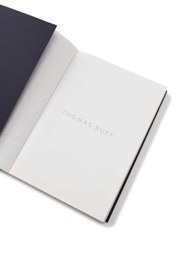 Thomas Ruff / nature morte Catalogue3