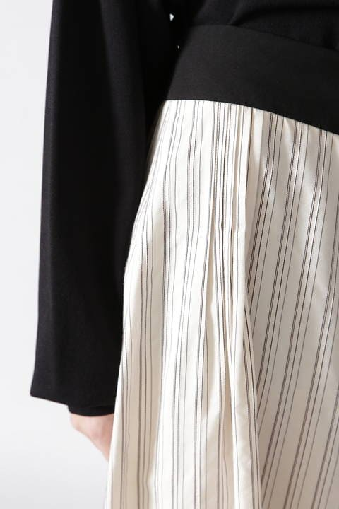 シルクストライプコクーンスカート