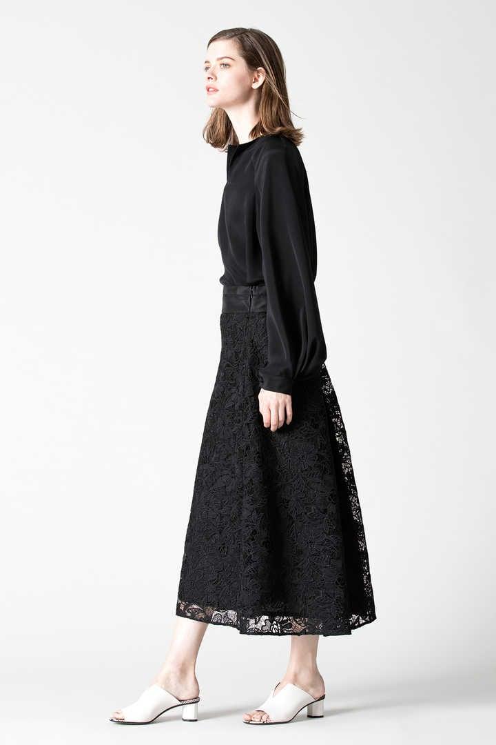 《BLACK LABEL》ウーリーヤーンコードレーススカート
