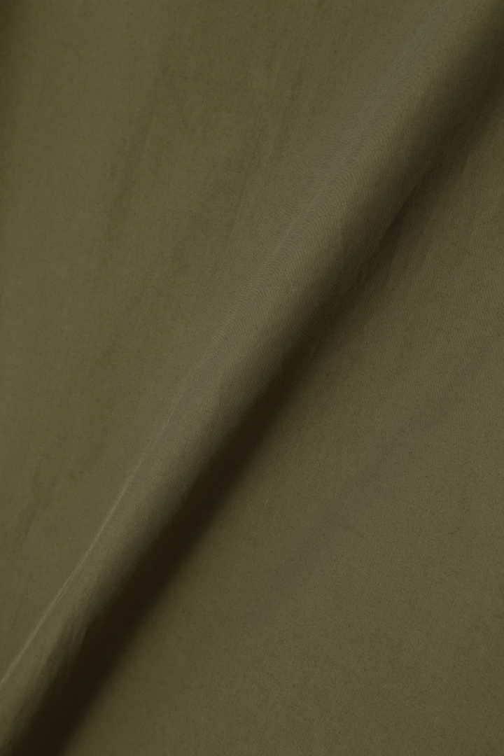 ライトコンパクトビッグカフブラウス