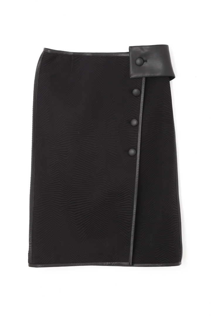 ピンソニックラップスカート