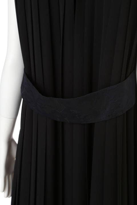 《BLACK LABEL》ノアールフラワージャガードワンピース