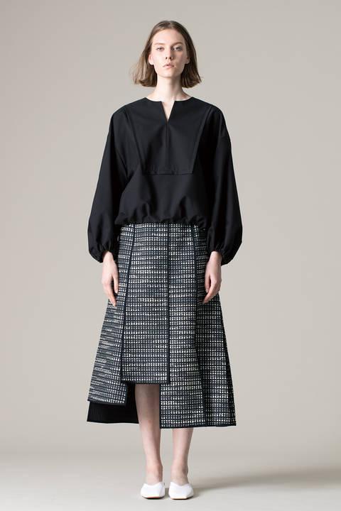モノトーンジャガードスカート