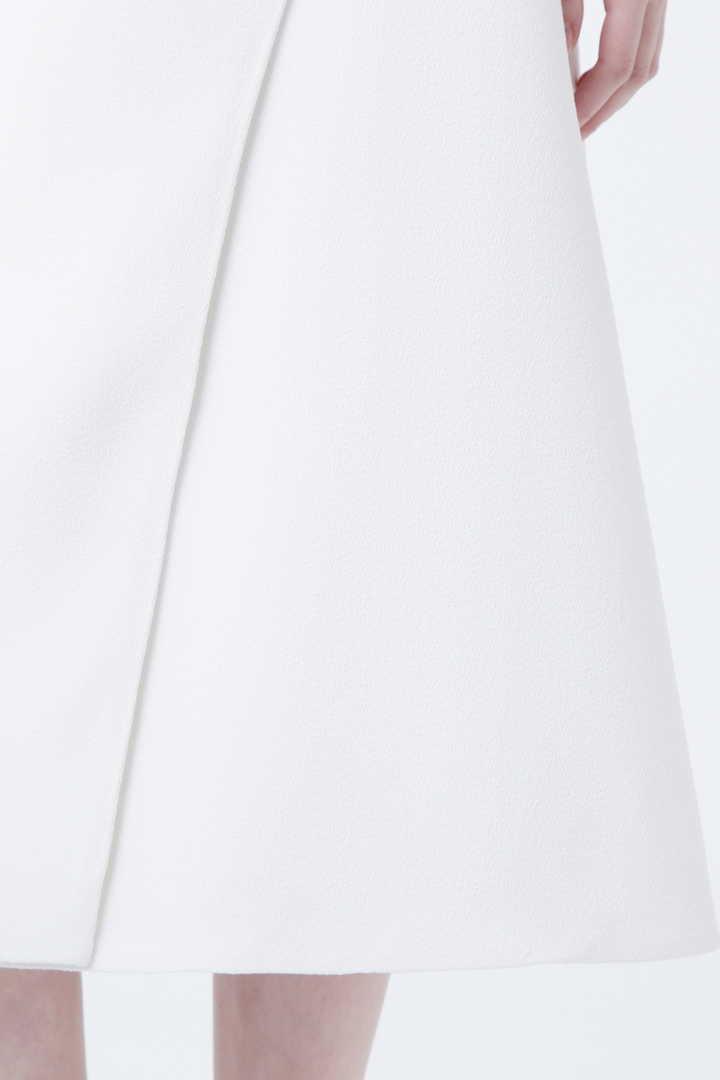 ダブルアムンゼンスカート