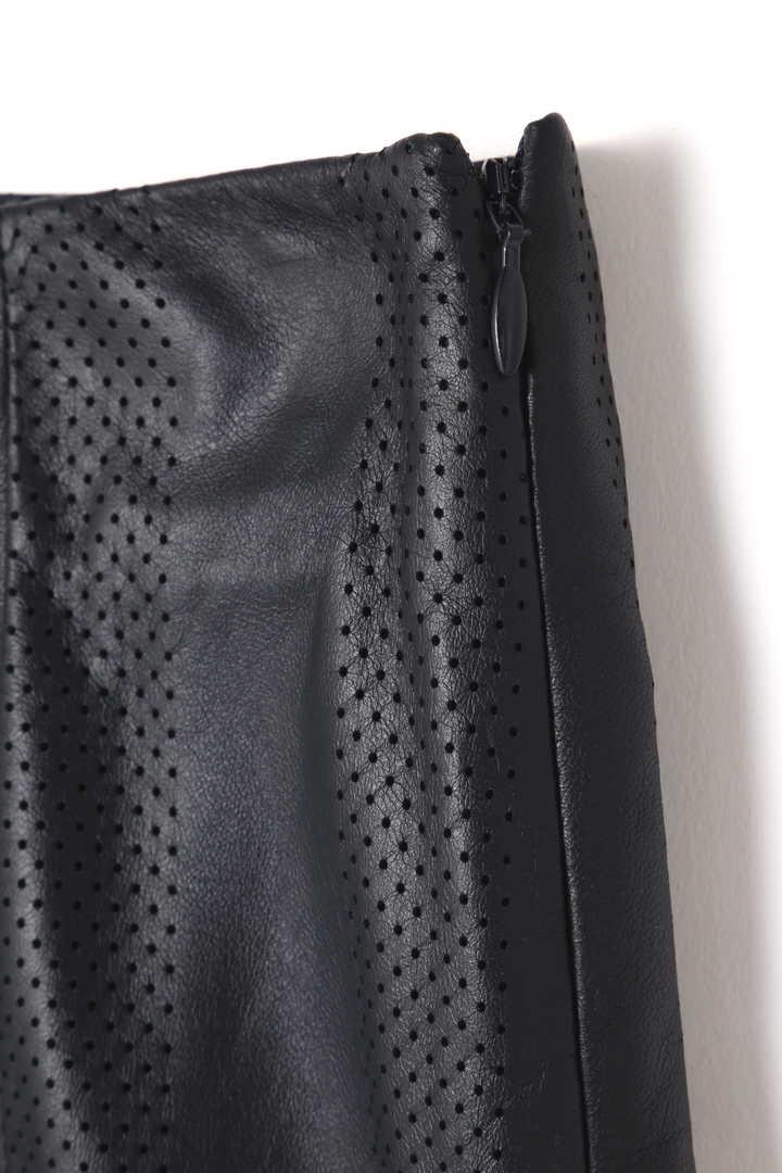 DROMeレザーAラインスカート