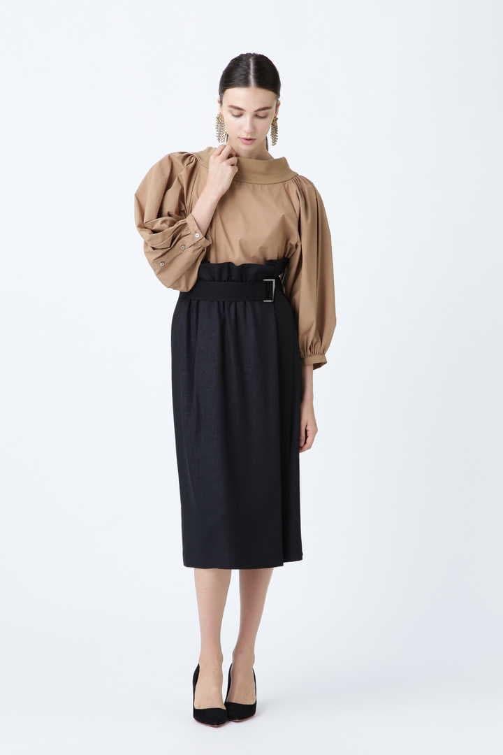 トリアセカルゼベルト付きスカート