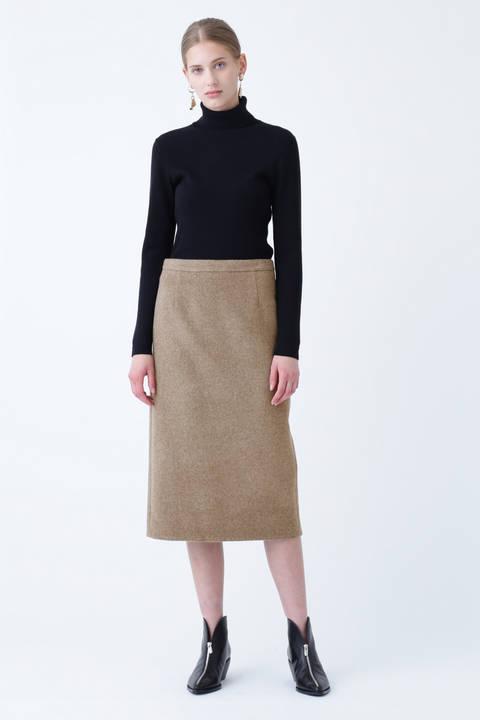 ピュアウールタイトスカート