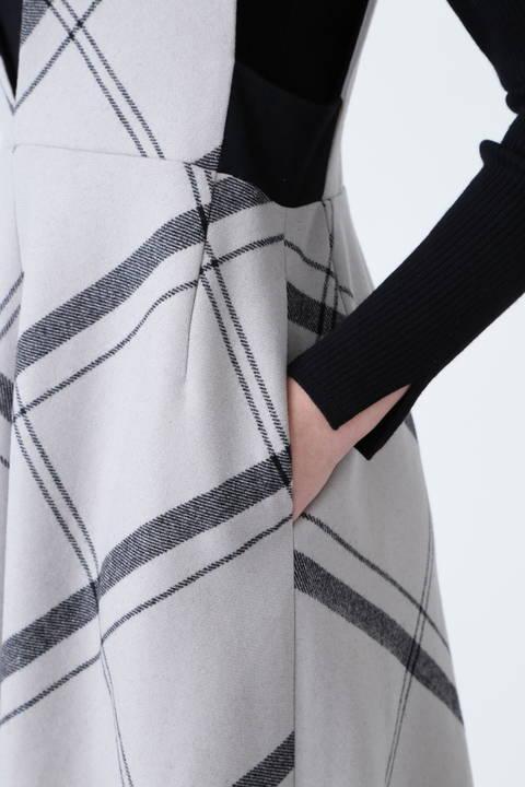 ウーリーチェックジャンパースカート