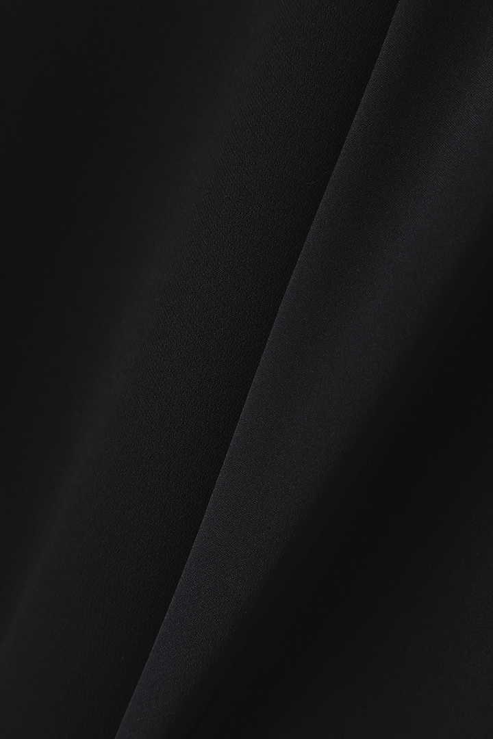 《BLACK LABEL》トリアセWクロスワンピース