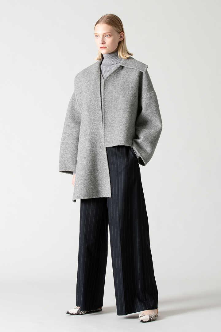 シャギーカルゼケープ付きジャケット