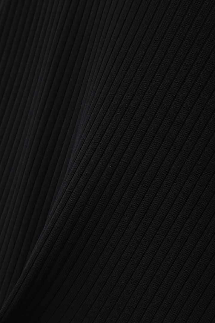 ストレッチレーヨンアシメトリーニットプルオーバー