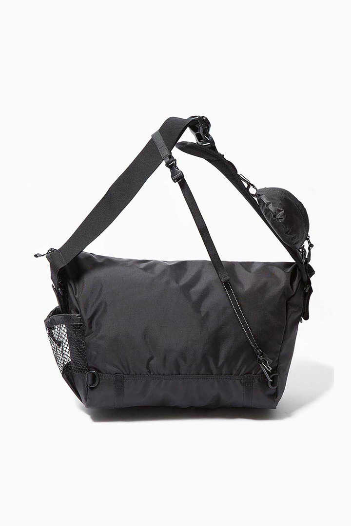 20L messenger bag