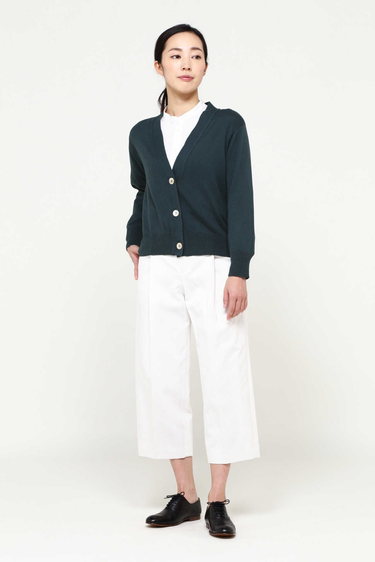 COTTON CASHMERE V NECK CARDIGAN11
