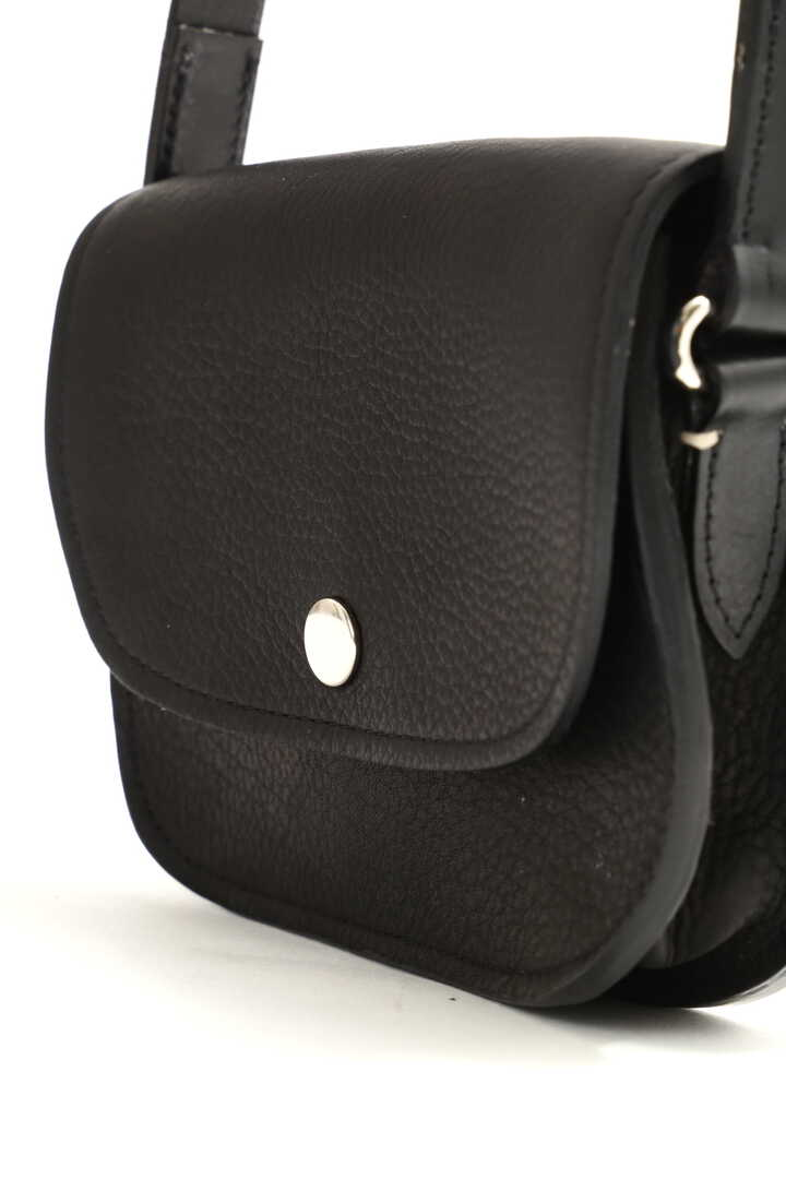 LEATHER ACCESSORIES3