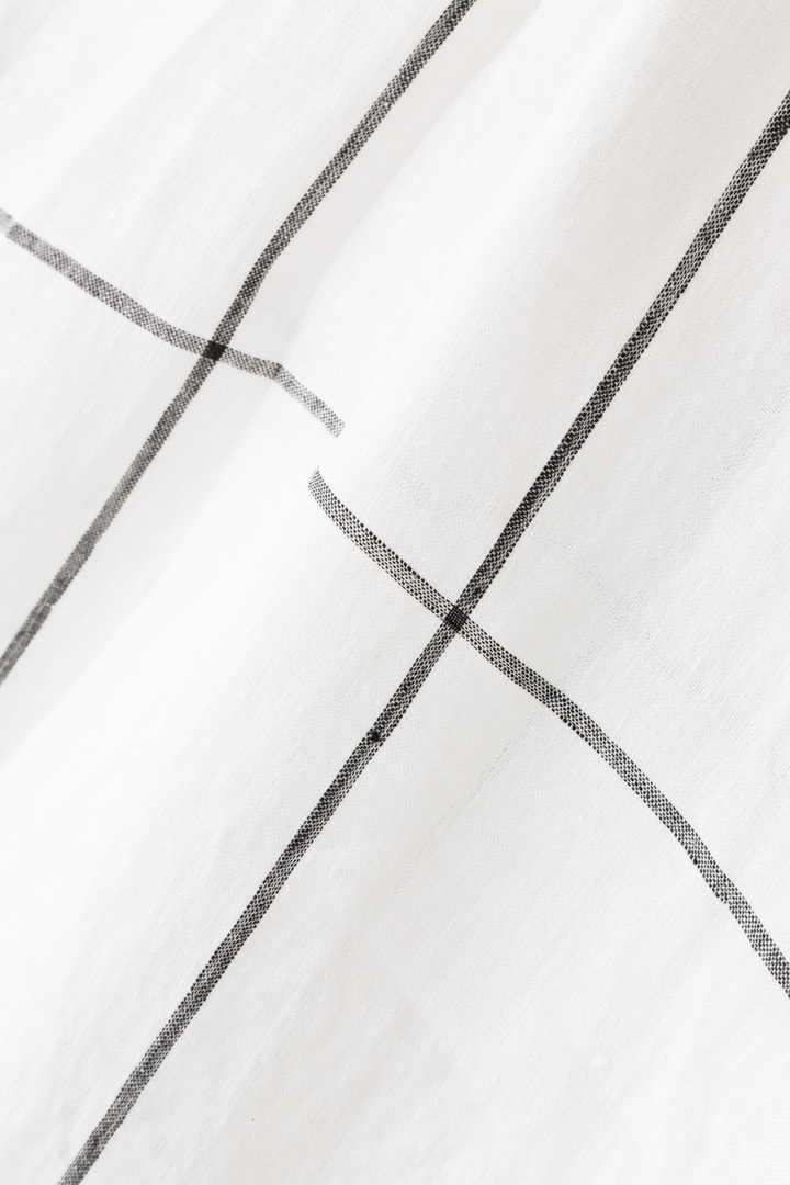 LARGE WINDOWPANE LINEN