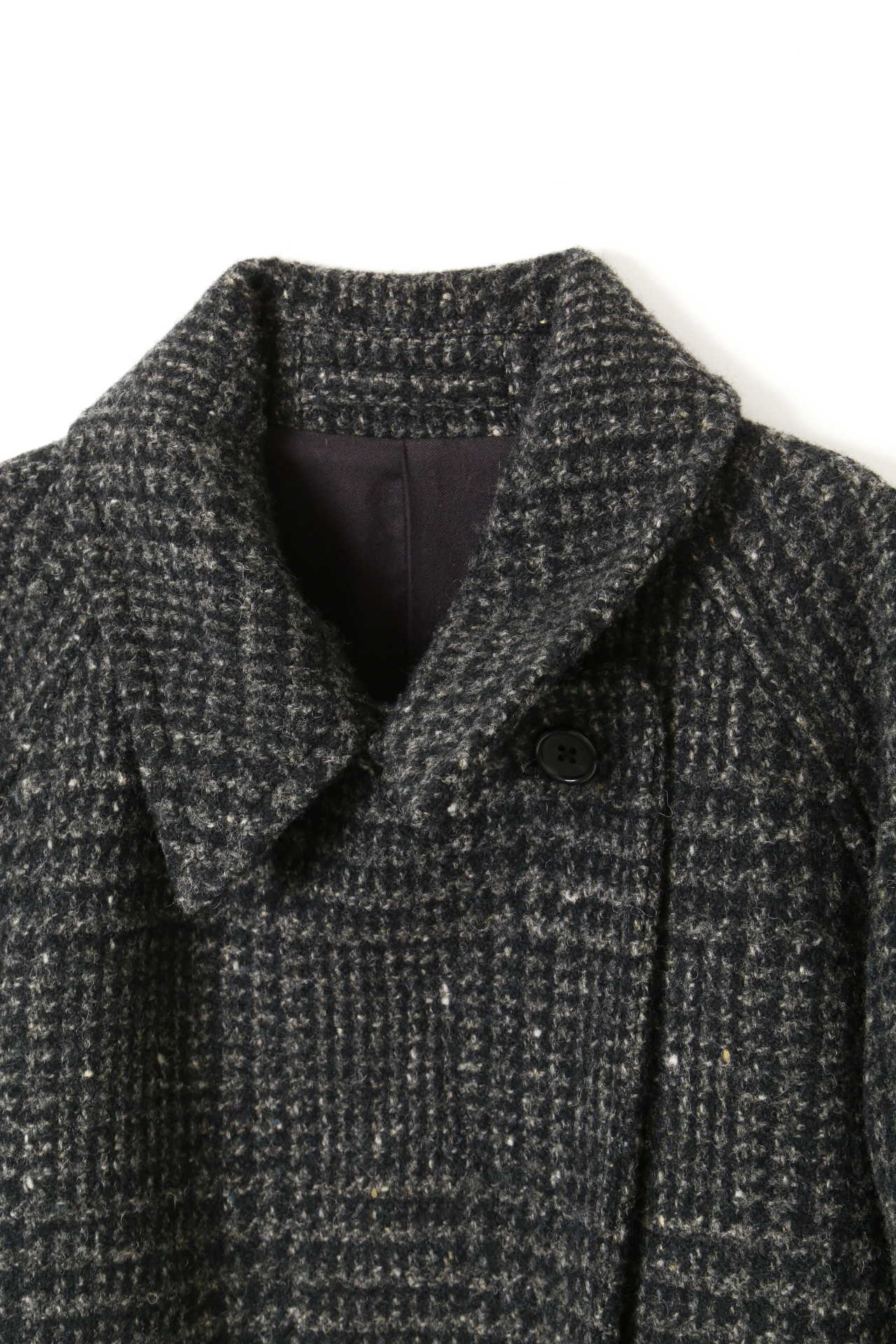 LARGE PRINCE OF WALES WOOL COATING3