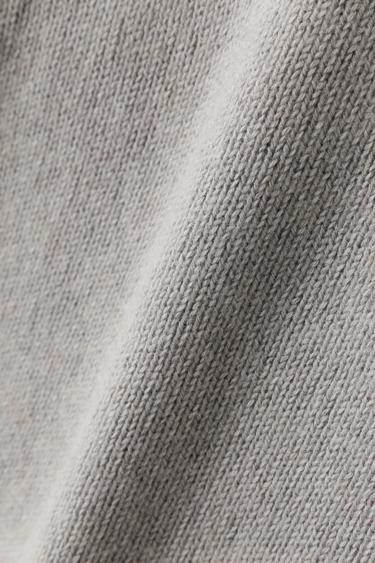 WIDE ROLL NECK9