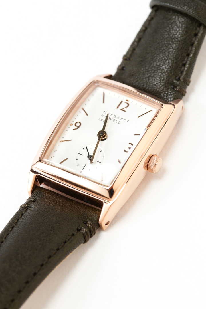 MASCULINE RECTANGULAR WATCH3