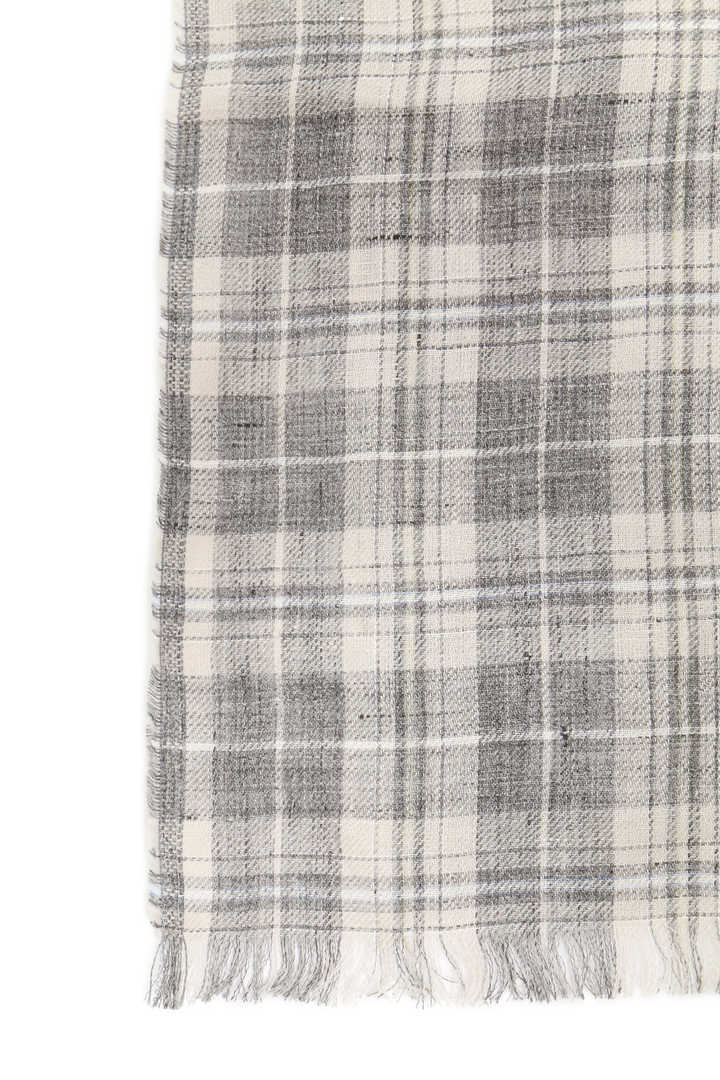 GREY CHECK LINEN SCARF2