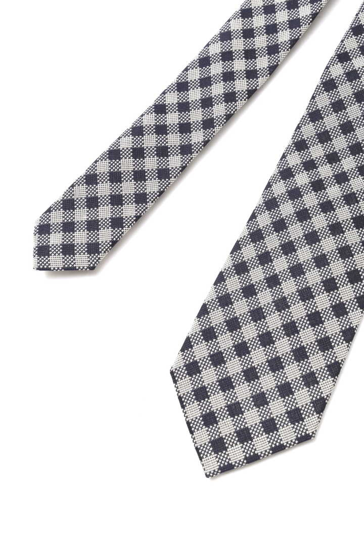 GRAPHIC GINGHAM