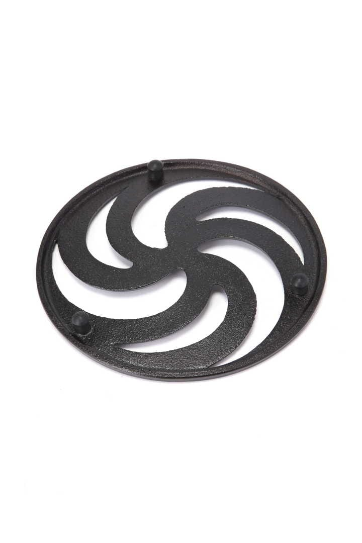SPIRAL CAST IRON POT STAND