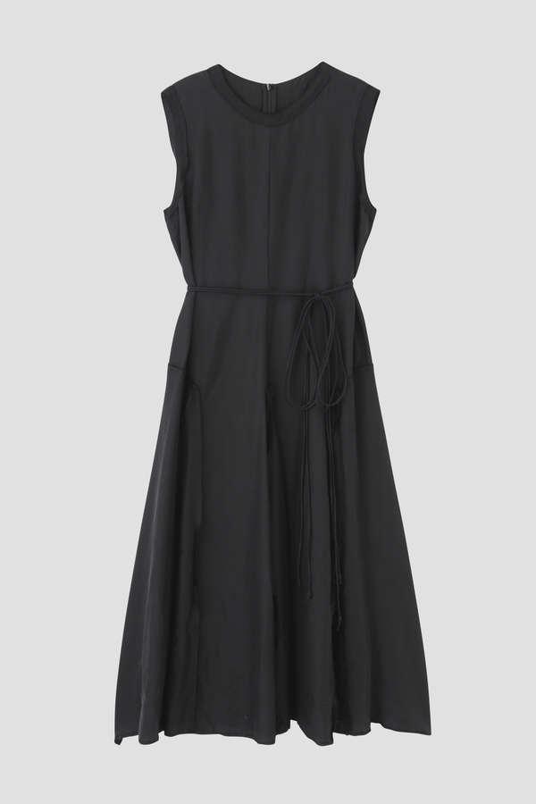 シルクボックスドレス