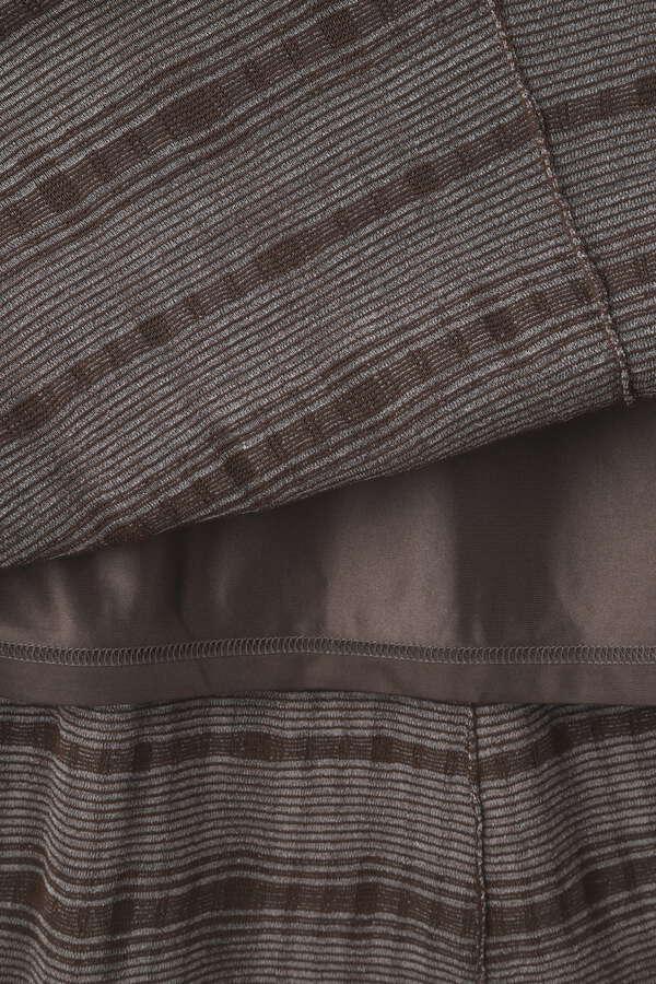 チェック柄ジャガード編みニットワンピース