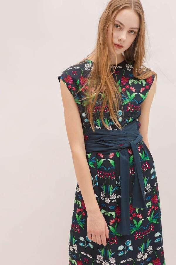 Unaca noir レーヨンツイル花柄ワンピース