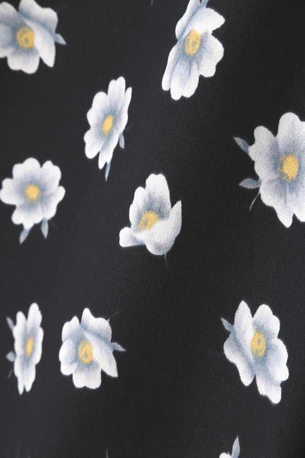 【flower series】【MORE 4月号掲載】Unaca フラワープリントワイドパンツ