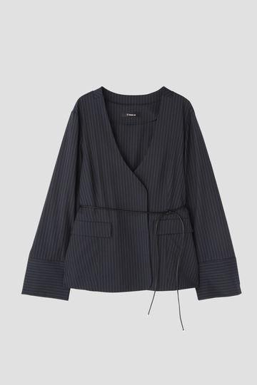 ノーカラーデザインジャケット