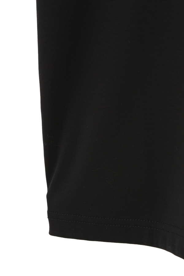 Unaca noir ロゴプリントTシャツ